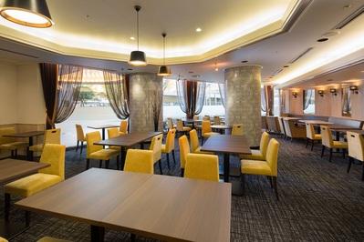 結婚相談所でのお見合い場所情報:【新大阪】新大阪ワシントンホテルプラザ 1階 「カフェ・ド・パリ」