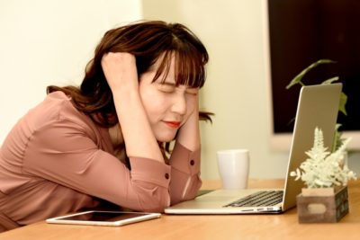 オンラインデートをエンジョイしすぎている時にありがちなこと